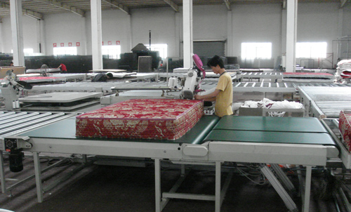 automatic mattress tape edge machine fitted in the pipeline