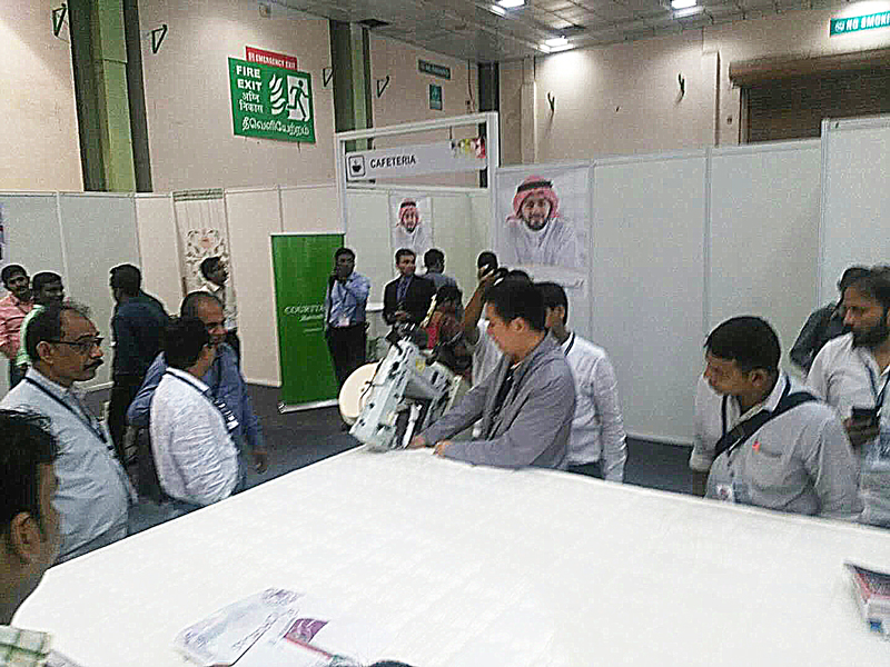 lots of people visit our booth