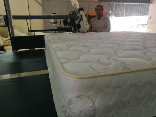 Oman-customer-use-the-machine-to-make-very-good-mattress.jpg